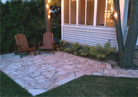 STONE PATIO   Dug Out 4u201d U2013 6u201d Of Dirt And Filled It In With 2 Yards Of  Limestone Under 2 Yards Of Crushed Limestone. I Used About 1.25 Pallets Of  Natural ...