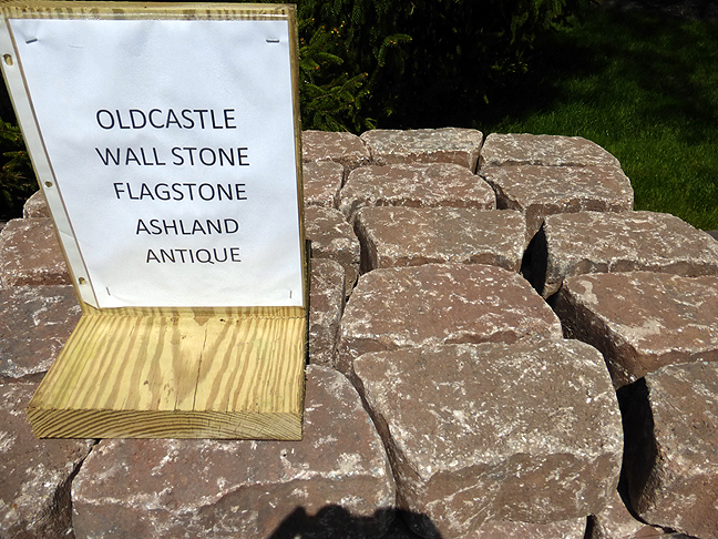 Photo: OldCastle Flagstone Wall Sone Allegheny Antique